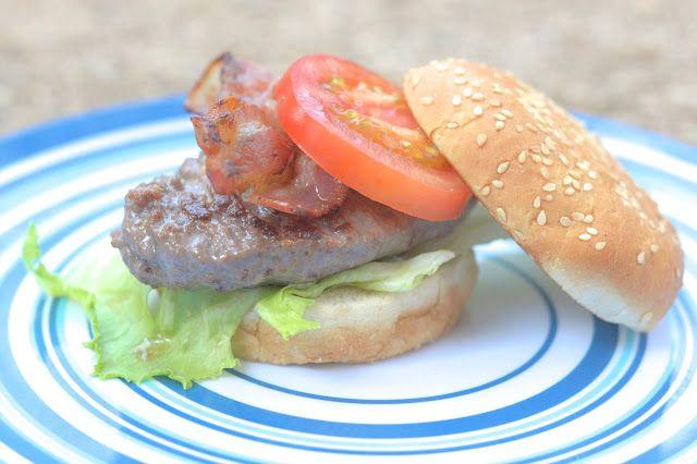 Vakantierecept met skottelbraai: broodje hamburger de luxe | 4Pure