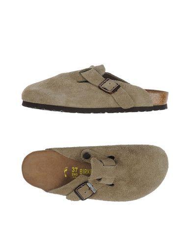 BIRKENSTOCK Slippers. #birkenstock #shoes #slippers