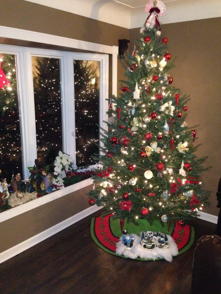 1000+ images about Christmas trees on Pinterest   Trees ...