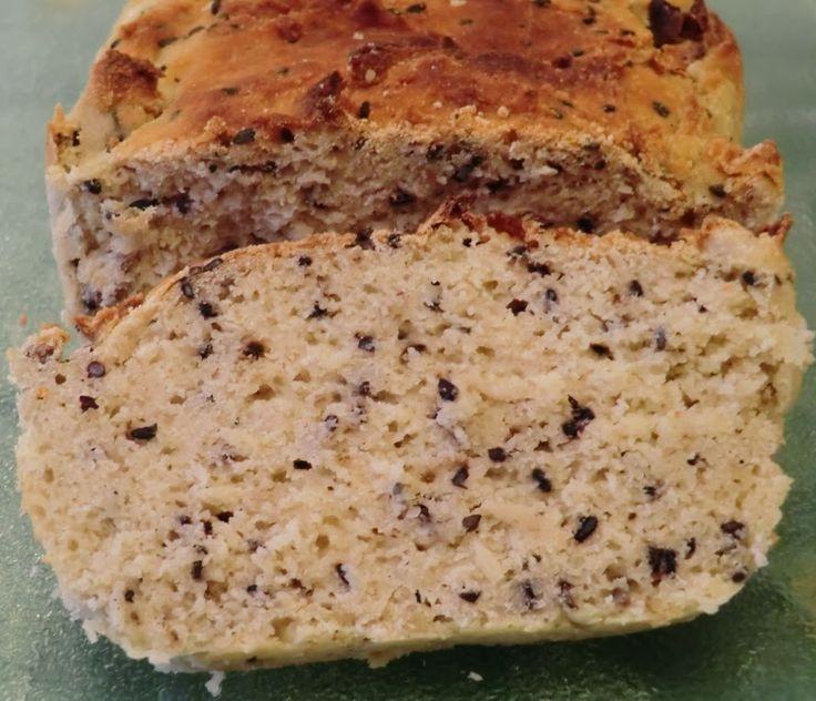 Ma petite cuisine gourmande sans gluten ni lactose: Pain aux farines de riz et millet et aux graines de sésame noir sans gluten et sans lactose