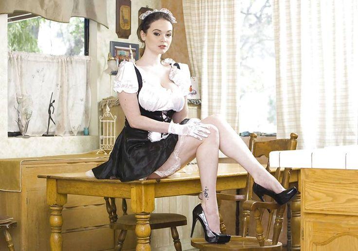 Real maid Nude Photos 99