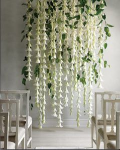Hanging flowers behind the alter #wedding