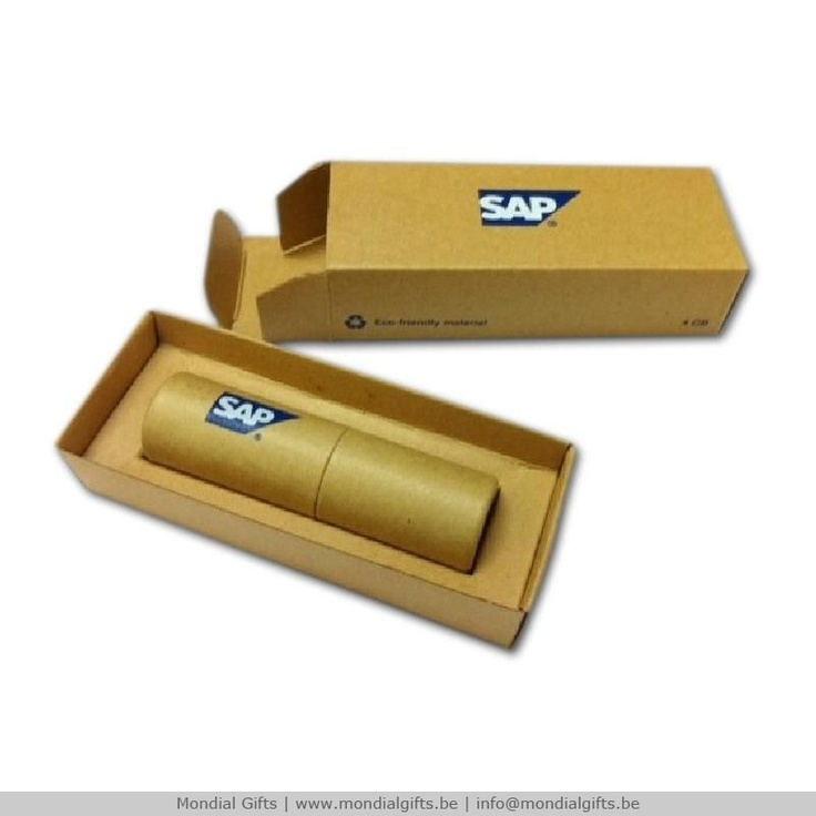 Kartonnen USB stick, leuk product om bij te voegen bij een mailing. Het feit dat het overgrote deel van karton is maakt het bijzonder