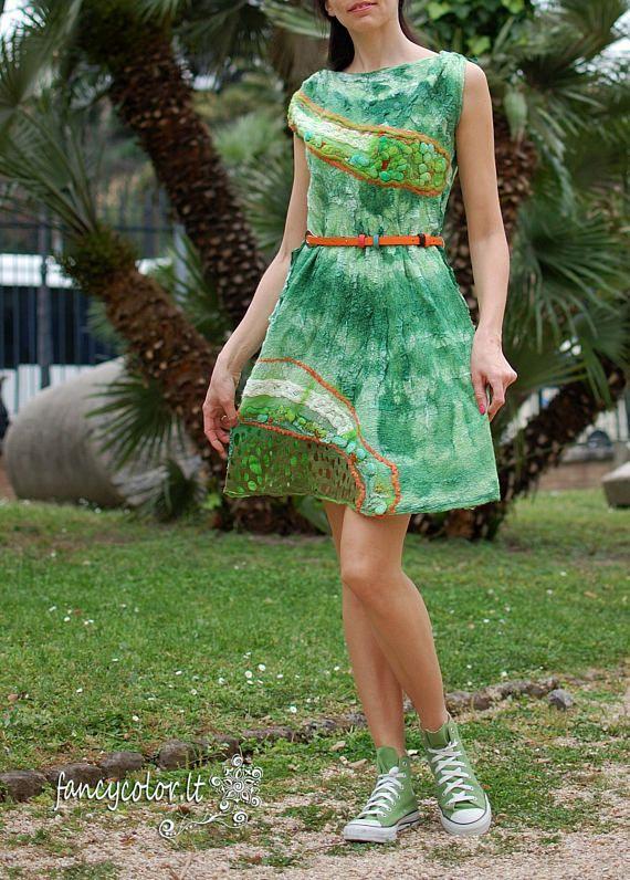 Felt dress Green charm