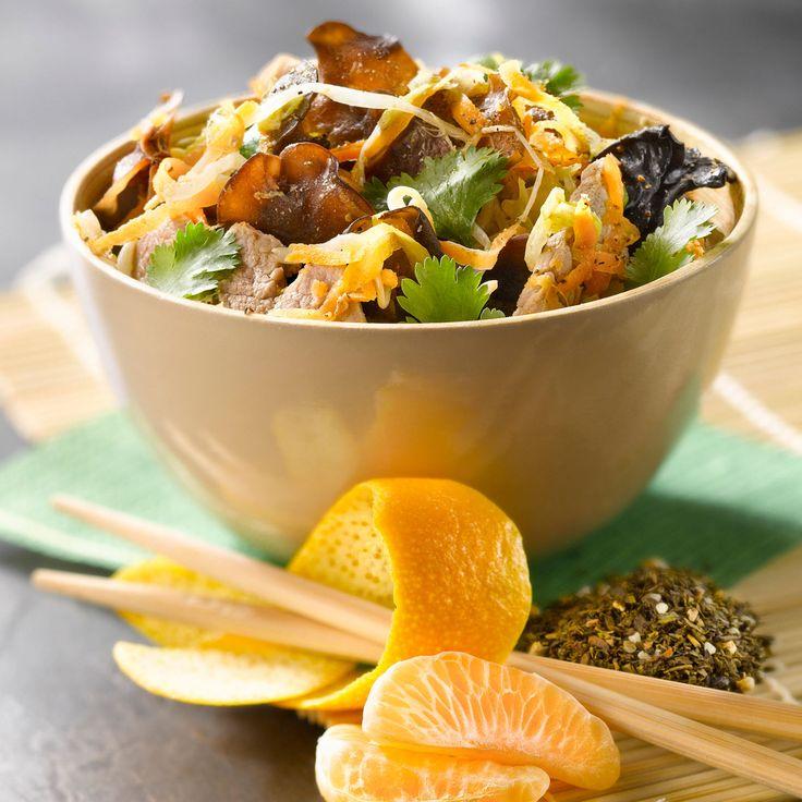Découvrez la recette du wok de porc aux légumes