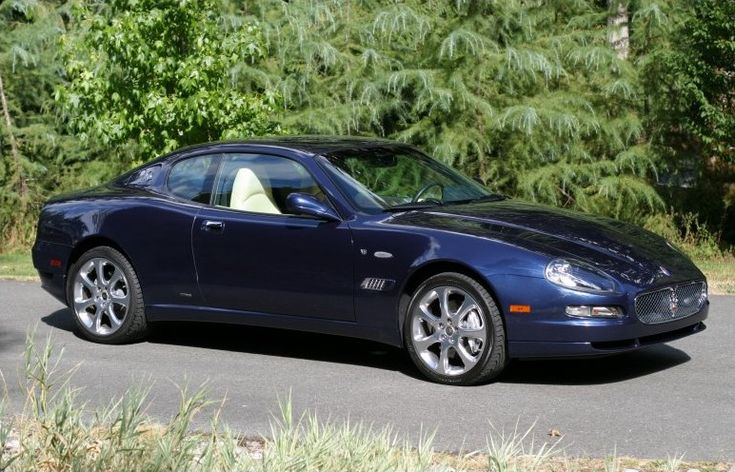 Maserati Coupe CC blue model – 2005