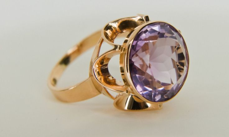 Westerback, vintage 14k rose gold and amethyst ring, 1970. #finland | finlandjewelry.com
