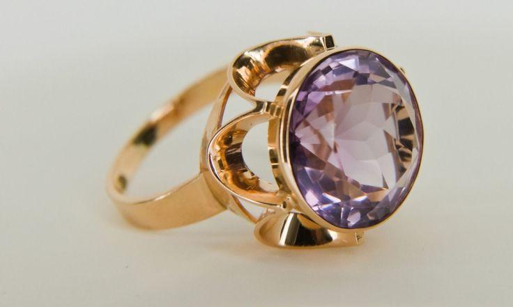Westerback, vintage 14k rose gold and amethyst ring, 1970. #finland | finlandjewelry.com