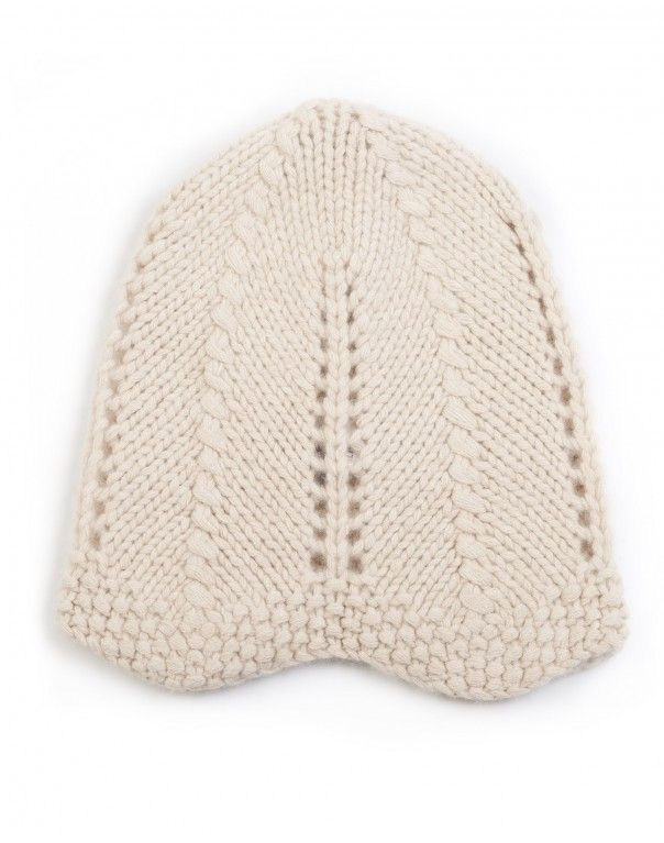f218c3bc5ad Handmade- beige cashmere beanie with waves hem - Lanificio Colombo ...