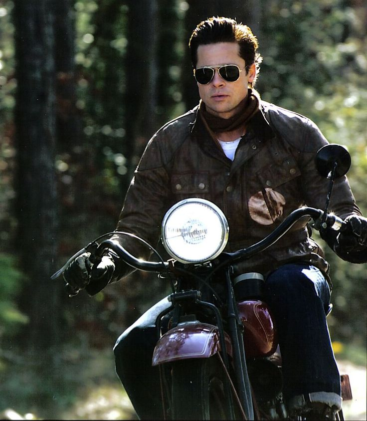 brad pitt motorcycle black jacket the outfit of brad pitt as benjamin button pinterest. Black Bedroom Furniture Sets. Home Design Ideas