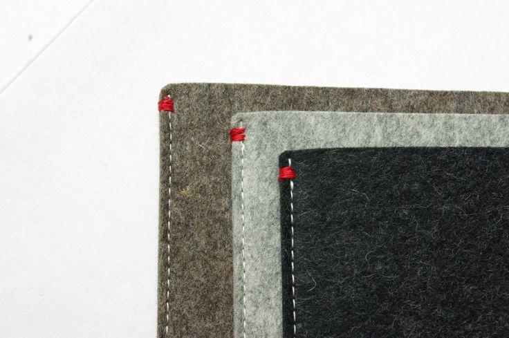 MS Surface PRO 3/4 case wool felt. hoes vilt - basic sleeve in natuurlijk wolvilt.  door WestermanBags op Etsy https://www.etsy.com/nl/listing/288421625/ms-surface-pro-34-hoes-vilt-basic-sleeve