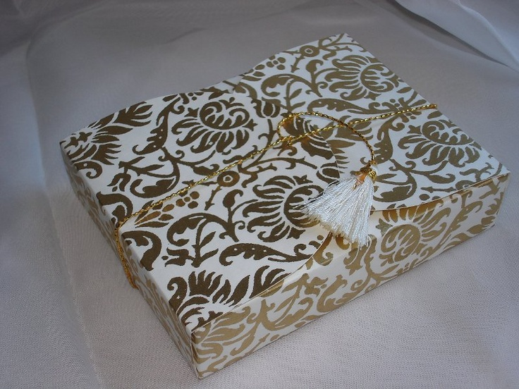 Gold # 94 Collapsible Box  (24)