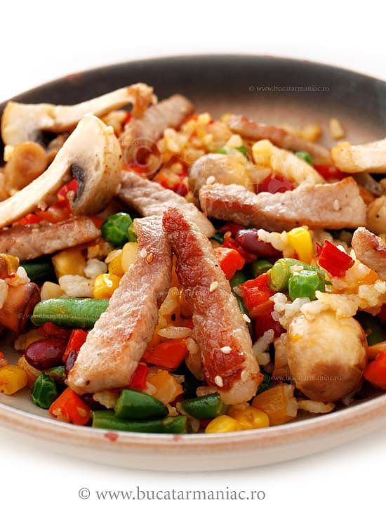 Reteta de porc cu legume la wok