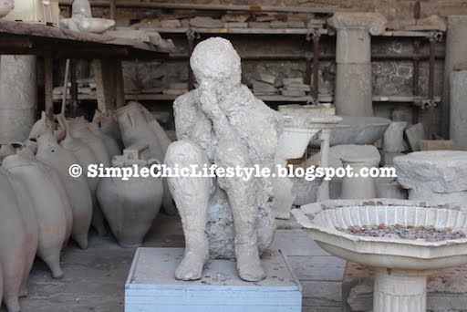 Simple Chic Lifestyle: A Walk in the Ancient City of Pompeii