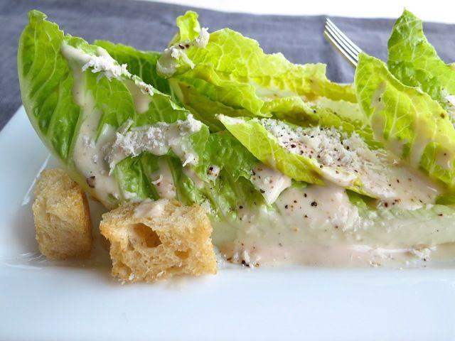 http://www.mylilikoikitchen.com/2013/02/23/a-light-caesar-salad-dressing/ LIGHT CAESAR SALAD DRESSING