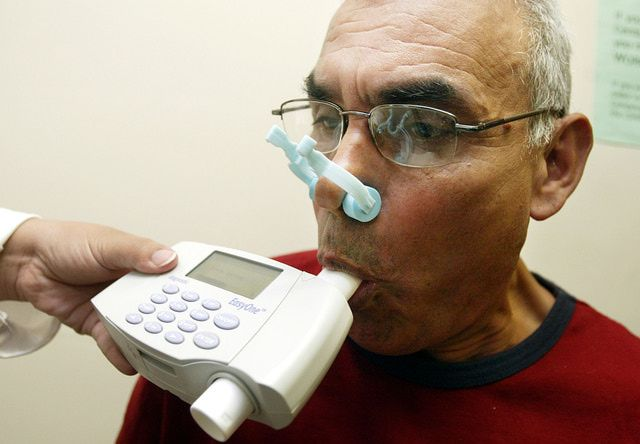 Pulmonary function tests or PFT's are used to help diagnose COPD and other lung diseases. PFT's include spirometry testing, lung diffusion studies and body plethysmography. Learn more about what spirometry test results mean and how to interpret spirometry tests.