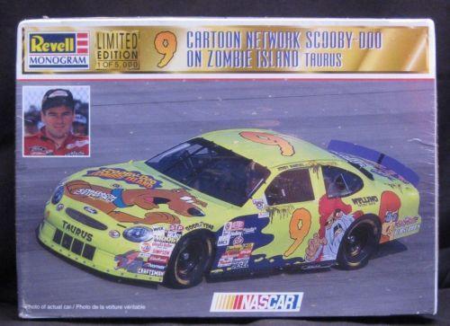 Revell - Monogram 1/24  #9 Cartoon Network Scooby Doo on Zombie Island Taurus NASCAR Limited Edition  1 of 5,000 MIB