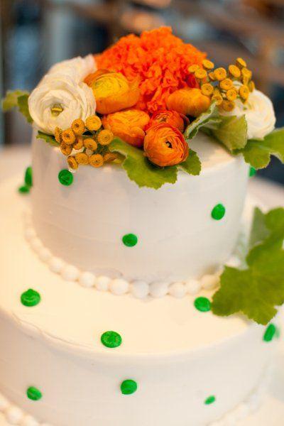 Real Minnesota Modern Wedding Cake