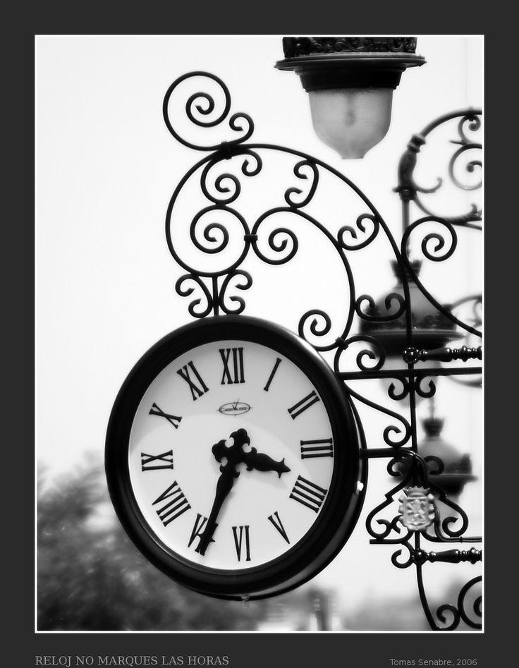 "Relojes ""La Maquina Del Tiempo"": Time, Form, Clocks Edelia, Classic Time, Word, Their Way, Gastado Tiempo, Alquemi Time, The Clock"