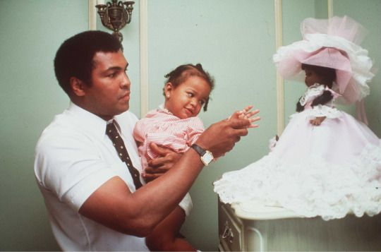 Muhammad Ali before his last fight with Larry Holmes (1980)