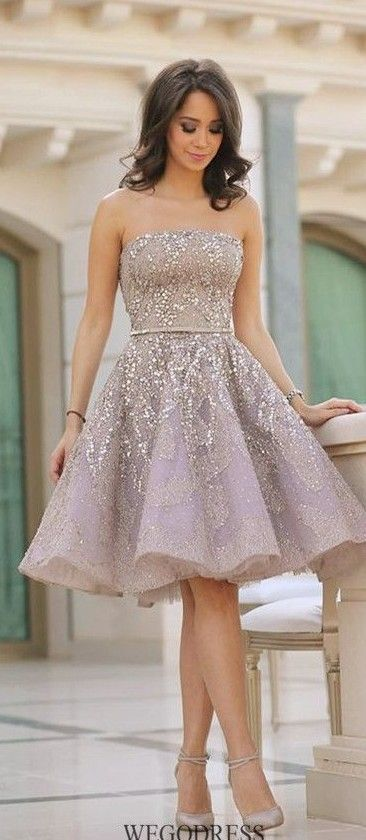 Love the skirt of this dress