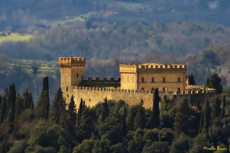 "DiariToscani on Twitter: ""#Castelli della Toscana: le leggende di Strozzavolpe, nel territorio senese https://t.co/VZHo2oqdSo https://t.co/limqQlG8yL"""