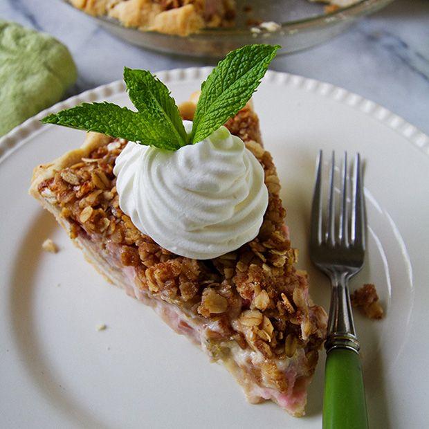 Rhubarb Sour Cream Pie
