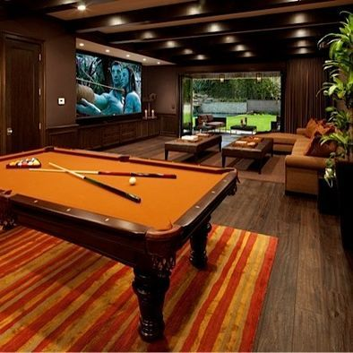 AWESOMEST BASEMENT Recreational room. Cinema room and billiards . MOVIE Nights!!! #HoustonCustomHomeBuilders