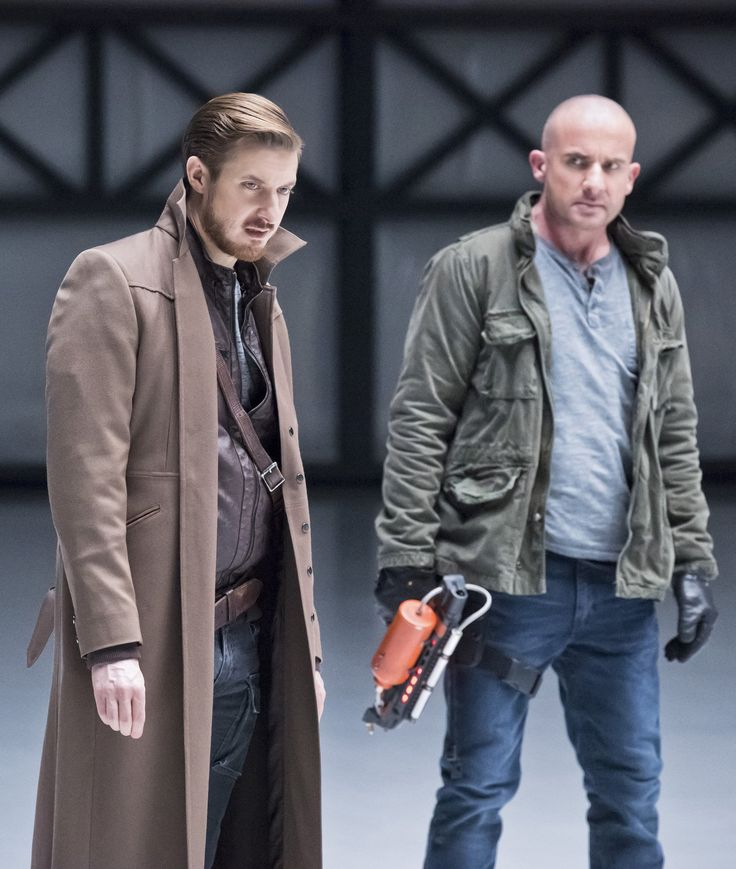 Legends of Tomorrow - 1x12 Arthur Darvill (Rip Hunter) & Dominic Purcell (Mick Rory / Heat Wave) HQ