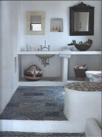 Bathroom  in an holiday house in Ginostra, on the island of Stromboli, Sicily | Interior Design by Studio Andrea Gobbi