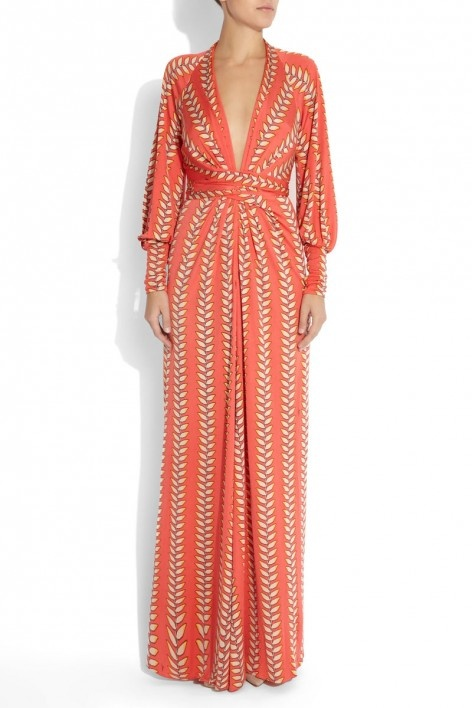 Plunge neck gown, coral. So gorgeous.