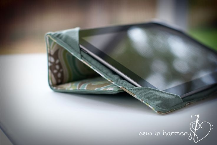 AWESOME Tablet Case tutorial by sew in harmony.com...Downloadable tutorial has measurements for 11 devices.