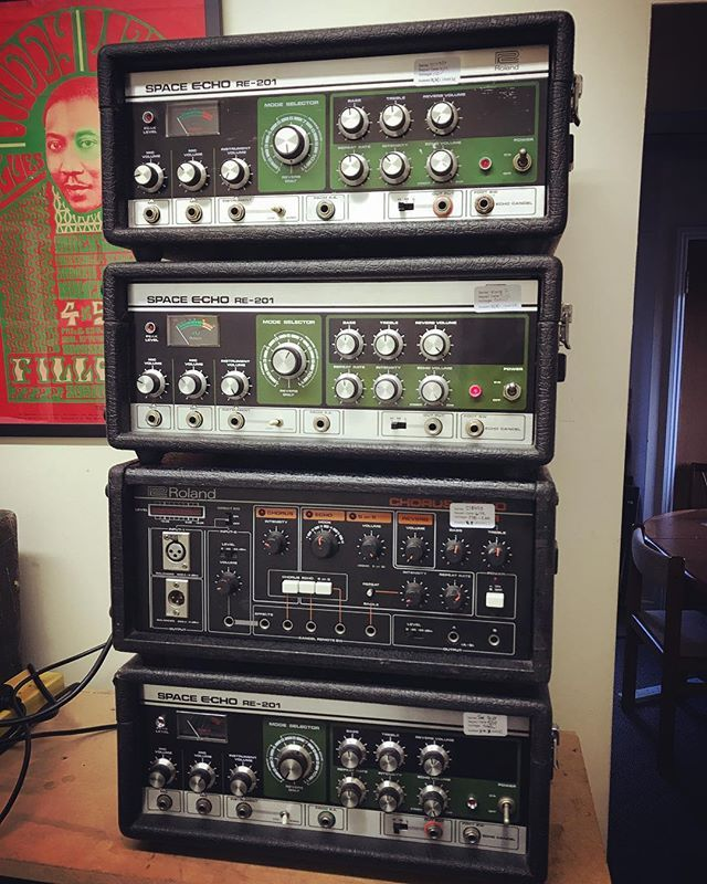 All Good These Three Roland Space Echoes Are Undergoing Final Soak Testing Before Shipping Out To Their New Owners The Re 501 Chorus E Space Echo Echo Chorus