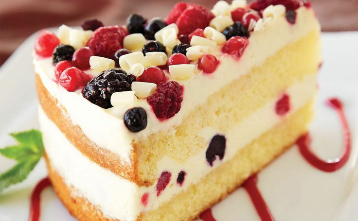 Wild Berry Layer Cake Olive Garden Yummies Pinterest Gardens Berries And Olives