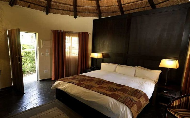 Shumba Valley Lodge & Conference Centre