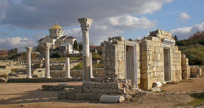 Херсонес, Крым http://qha.com.ua/ru/turizm/yunesko-ne-sovetuet-poseschat-hersonestavricheskii/157901/