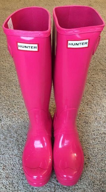 Hunter rain boots. Hunter boot liners. Hunter socks. Pink Hunter boots.