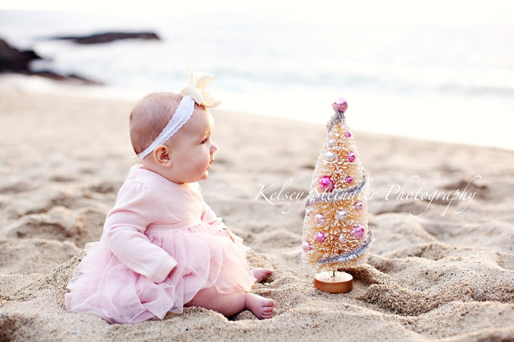 Beach Christmas - this has got to be one of the cutest pictures I have ever seen! :)