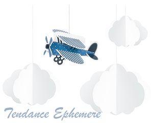 Une suspension nuages et avion pour un anniversaire ou décorer une chambre d'enfant