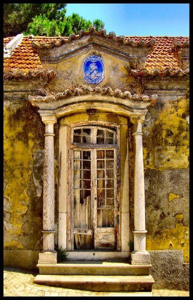 Old  Cacem, Lisboa , Portugal