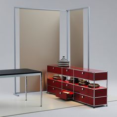 Beautiful art deco red buffet design for the modern dining room | www.bocadolobo.com #bocadolobo #luxuryfurniture #exclusivedesign #interiodesign #designideas #buffetdesign #buffetsideas #modernbuffets