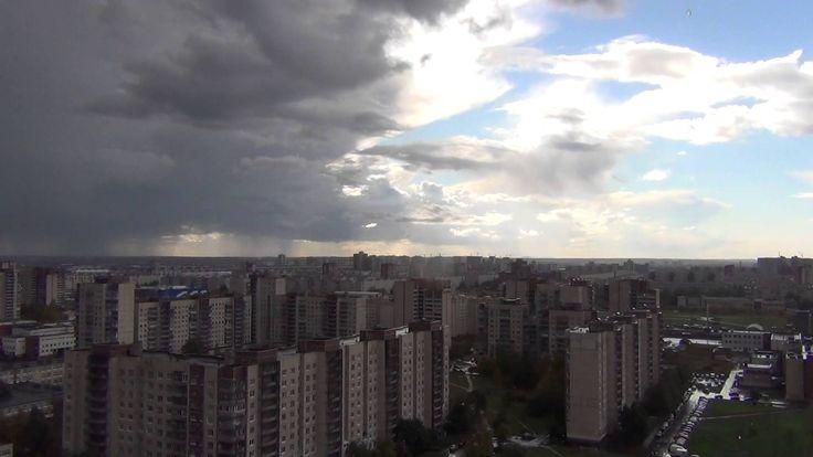Релакс. Дождь, Ливень над городом. Порывы ветра, капли, гром. Без музыки...