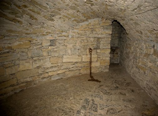 castle dungeons pictures | Dungeon for Witches and Jews - Wewelsburg Castle
