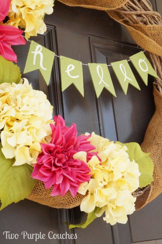 What a cute idea to dress up spring decor and wreaths - just add a simple wood banner! Easy DIY crafts idea you can make in 30 minutes!