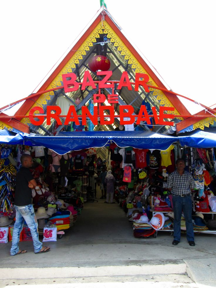 Grand Baie - Market and Bazaar
