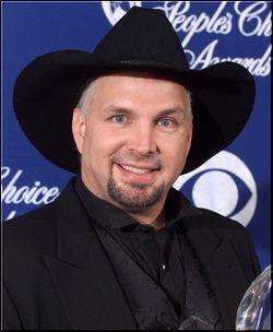 Garth Brooks at awards show
