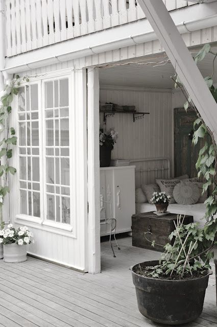 .SLIDING DOORS FOR PORCH :))