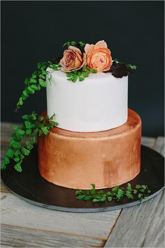 bronze wedding #cake @weddingchicks