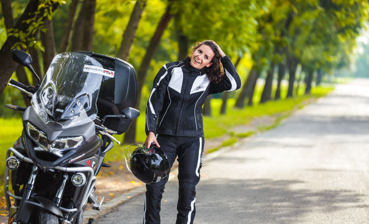 #shox #tiana #bikergirl #motorcycle #fashion