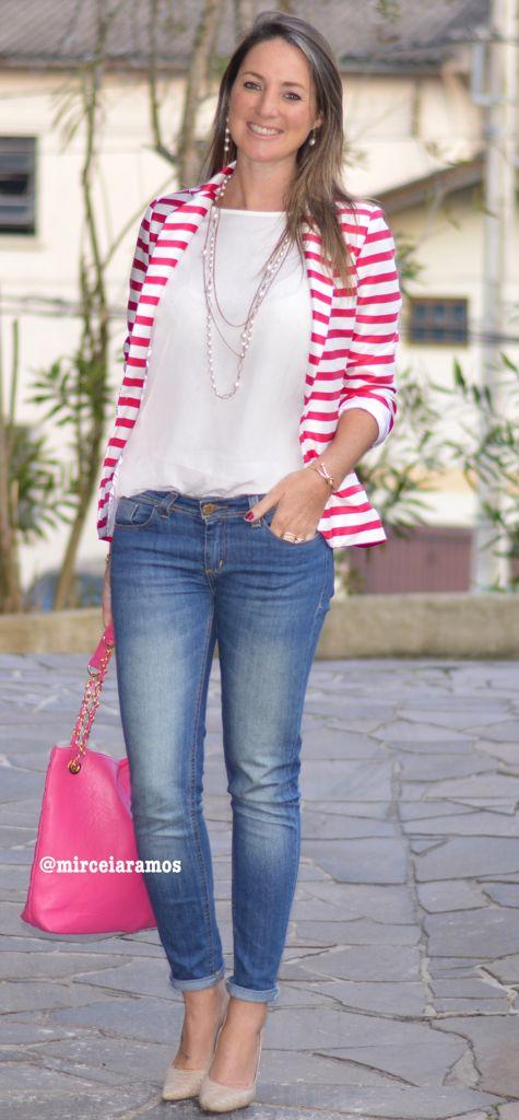 Look de trabalho - moda corporativa - work outfit - office - look do dia - jeans - blazer listrado - bolsa pink - scarpin - striped jacket